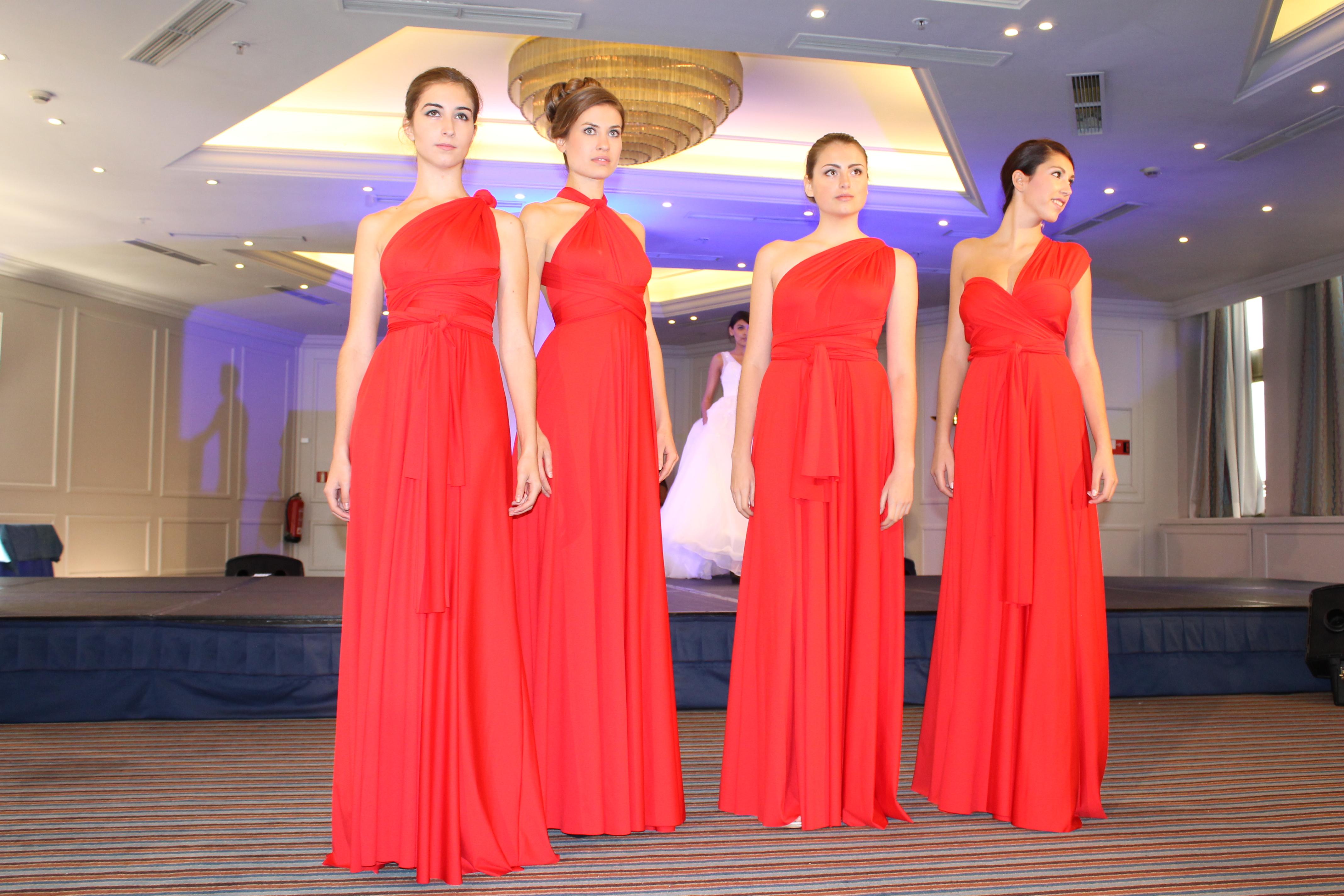 Damas De Honor Rojo Carmesí